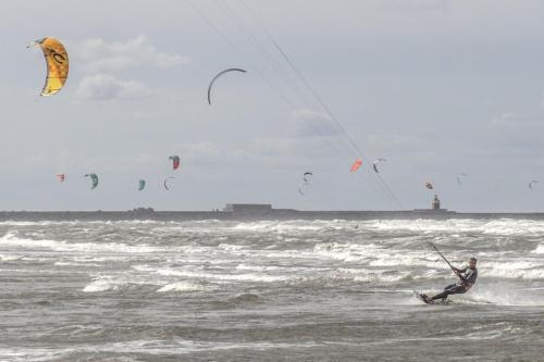 Peter-van-der-Voort-Kitesurfen-1-