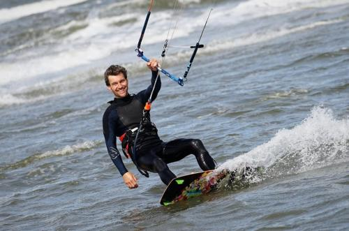 Rik-Smit-Clubuitje-Kitesurfen